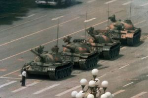 студент против танков